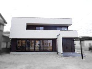 ―スクエアモダンの家―